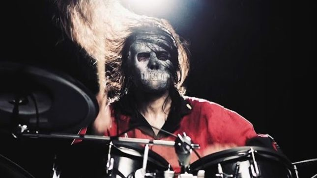 "SLIPKNOT Drummer JAY WEINBERG On Wearing a Mask While Performing - ""It's Not Fun, It's Not Enjoyable, But It Is Necessary; It's About Conveying Art"""