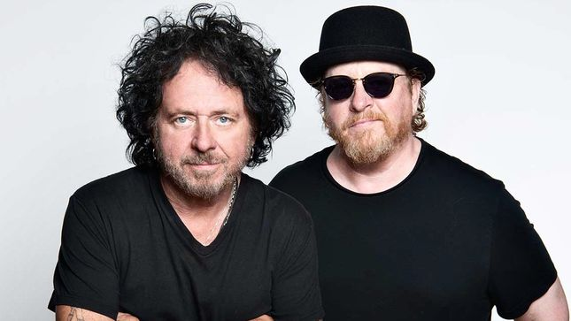 TOTO's STEVE LUKATHER And JOSEPH  WILLIAMS Announce New Band Lineup, Plans To Bring