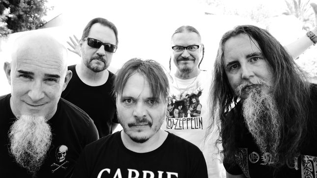 """MR. BUNGLE Unveil """"Eracist"""" Live Video From The Night They Came Home"""