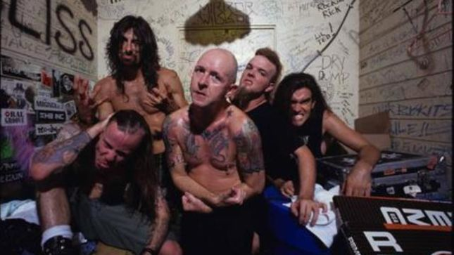 ROB HALFORD Looks Back On Making Of FIGHT Debut Album War Of Words -