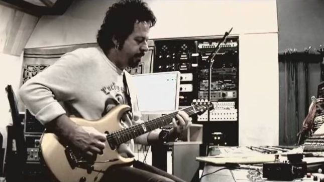 "TOTO Guitarist STEVE LUKATHER - ""The Biggest Lie Out There Is That Knowing Anything About Music Theory Takes Your Soul Away; Bullshit!"""