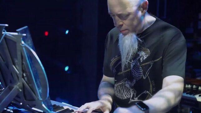 DREAM THEATER Keyboardist JORDAN RUDESS Posts Christmas Eve Livestream (Video)