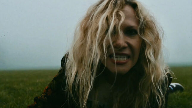 """MADYSIN HATTER Shares One-Shot Music Video For Cover Of AEROSMITH's """"Nobody's Fault"""""""