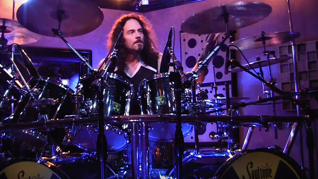 "NICK MENZA - Watch Late MEGADETH Drummer Perform ""Holy Wars... The Punishment Due"" Two Years Before His Death; Video"