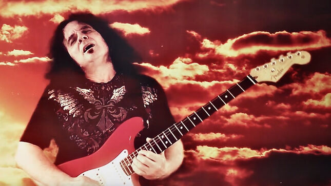 """UFO Guitarist VINNIE MOORE Breaks Down """"Gainesville Station"""" From New Solo Album (Video)"""