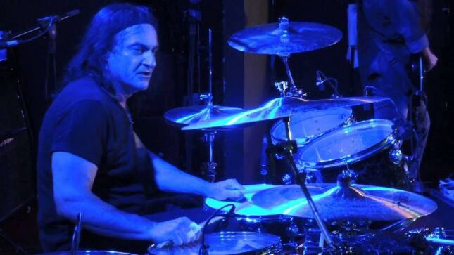 "VINNY APPICE Talks Joining BLACK SABBATH – ""I Turned Down The OZZY Gig…"""