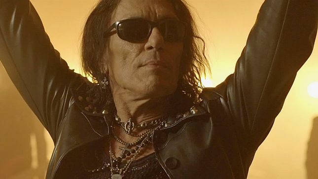 "STEPHEN PEARCY Posts Solo Band Rehearsal Footage Of RATT Classic ""Back For More"""