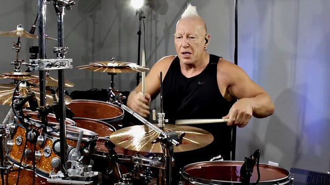 Drummer MIKE TERRANA Posts Playthrough Video Of PANTERA Classic