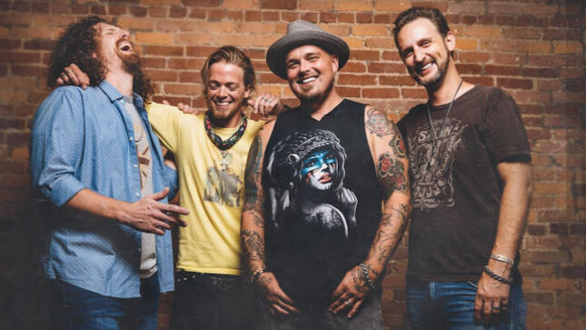 "BLACK STONE CHERRY Debut ""The Chain"" Music Video"