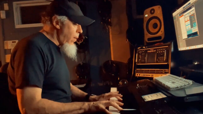 DREAM THEATER Keyboardist JORDAN RUDESS - Playing With Reason Studios Algoritm FM Synthesizer; Video