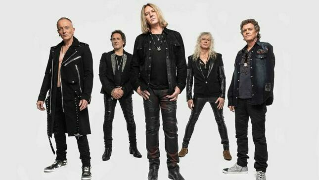 "DEF LEPPARD Team Up With Project Presents Luxury Merchandise Label For New Line Of ""Leppard Lyrics"" Shirts And Hoodies"