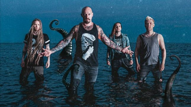 "Finland's OCEANHOARSE Release New Single / Lyric Video ""Reaching Skywards"""