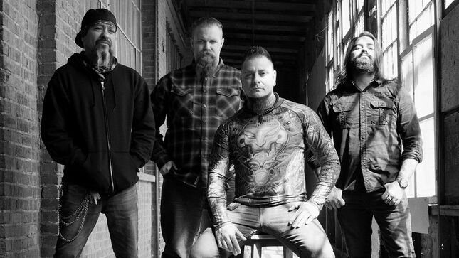 """SCATTERED STORM Feat. PISSING RAZORS Members Unveil New Video """"Under The Fire"""""""
