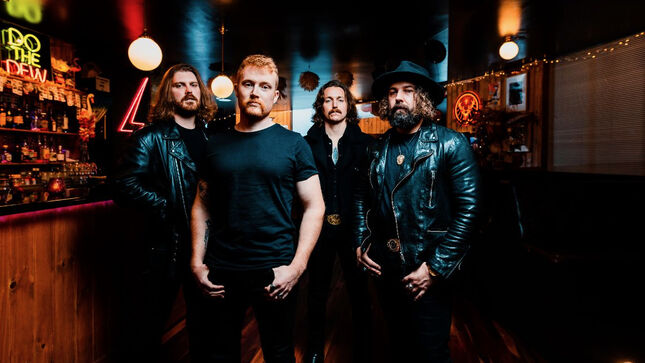 """THE UGLY KINGS Premiere New Song """"The Devil Comes With A Smile""""; Music Video"""