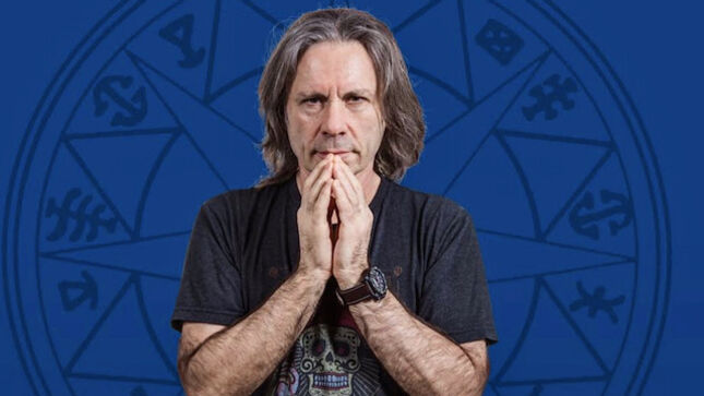 BRUCE DICKINSON On Juggling His IRON MAIDEN Career With Other Projects -