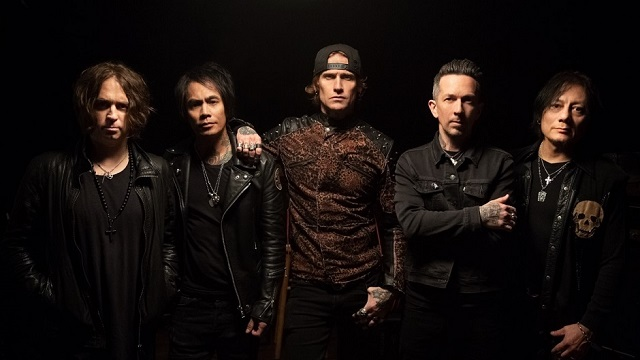 "BUCKCHERRY - ""The Last Man Standing"""
